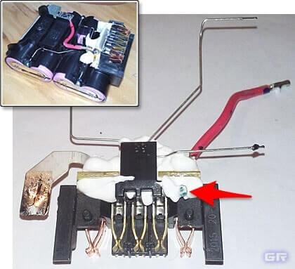 Измерительный терморезистор на печатной плате литиевого аккумулятора