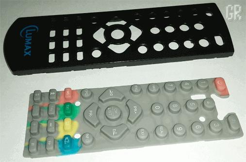 Чистим элементы корпуса и другие детали
